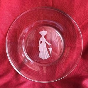 VINTAGE 1970s AVON COLLECTOR'S PLATE